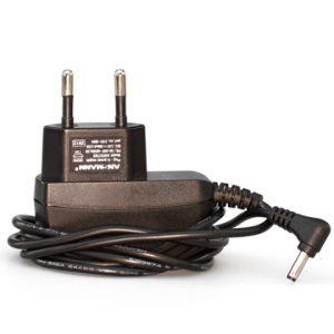 Tracker 230 V laddare